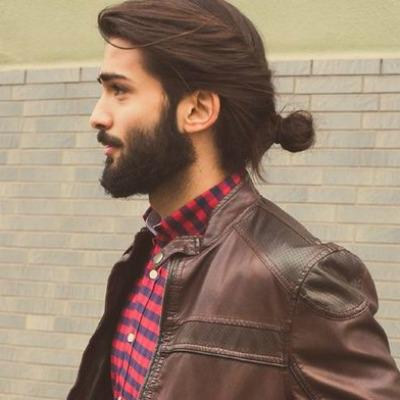 Man bun hairstyle for long hair
